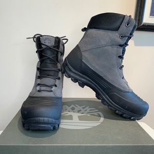 *BNWOT* MENS TIMBERLAND boots